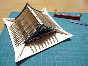 「安土城をつくる」 六階屋根を完成させる