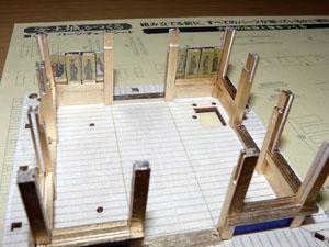 「週刊 安土城をつくる」 六階の床面と壁をつくる