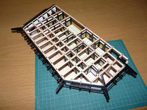 「週刊安土城をつくる」 一階南側最後の梁を組む
