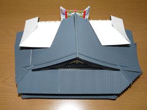 「週刊安土城をつくる」 四階南側の屋根をつくる