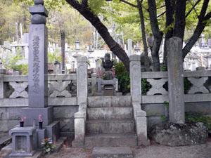 武田勝頼の墓