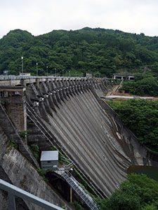 利賀川ダム