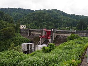鯖石川ダム