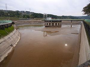 山本調整池ダム
