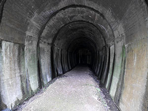 行き止まりトンネル