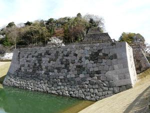 金沢城 いもり掘