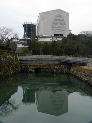 姫路城天空の白鷺