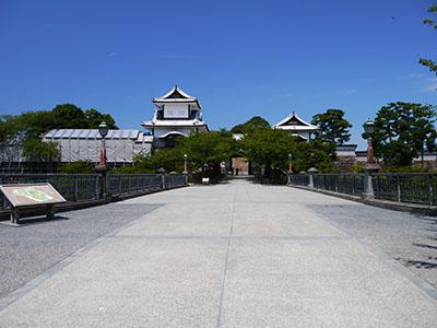 金沢城石川門一の門